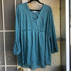 DR2 size 2x teal blouse